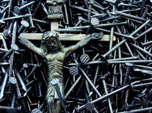 ALGUMAS RAZÕES DE UMA DERROTA Jesus-on-cross-0108